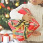 「クリスマスプレゼント」今年はどんなのが良いのかな? 子ども達が寝静まった後に枕元に置くプレゼントのいろいろ・・・