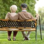 定年退職の年齢と、老後必要な貯蓄額とは?