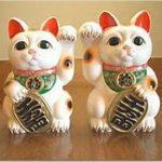 招き猫と、古代エジプトの猫の女神バステトでご利益が?